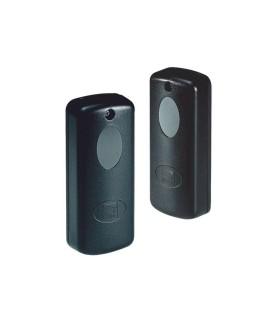 SWITCH KVM DE 2 PUERTOS USB CON CABLE MARCA IOGEAR